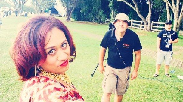 "Selfie: Miss Kihi me ana ""crew"""